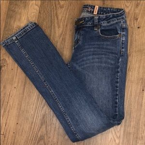 American Rag Mid Rise Skinny Jeans Size 1